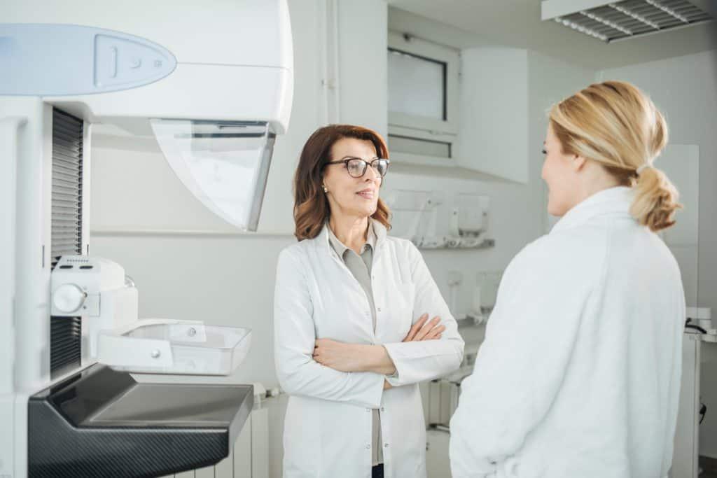 Suomen Seniorihoiva - Syöpä - Rintasyöpä oireet - rintasyövän oireet - rintasyöpä oire