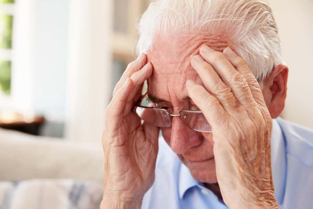 Alzheimer oireet - Alzheimerin tauti oireet - alzheimerin tauti hoito