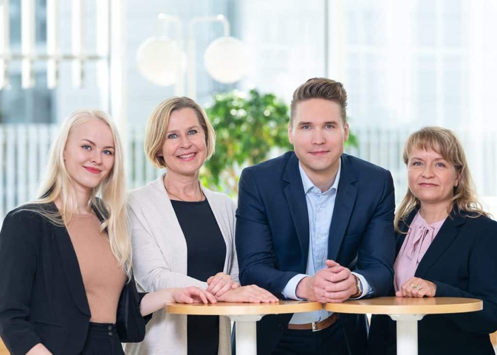 Suomen Seniorihoiva - asiakaspalvelu tiimi