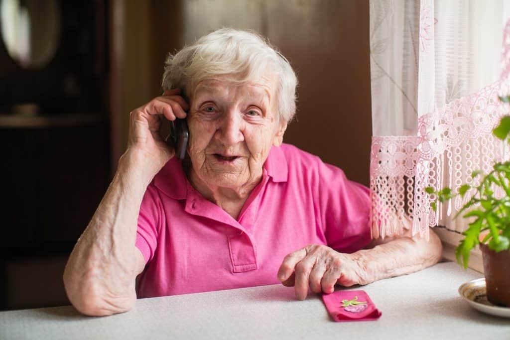Suomen Seniorihoiva Senioripuhelin - Puhelinpalvelu